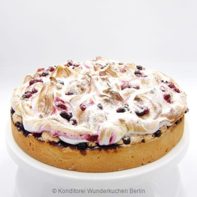 ku-baiser-waldbeer. Online Shop und Lieferservice Kuchen Torten Berlin-