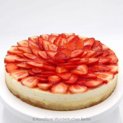 NY Cheesecake Saison Erdbeere. Online Shop und Lieferservice Kuchen Torten Berlin