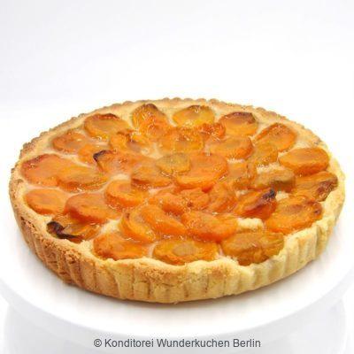 Tarte Marzipan Aprikose. Online Shop und Lieferservice Kuchen Torten Berlin