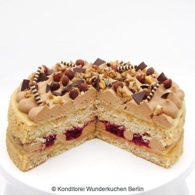 Nougat Torte. Online Shop und Lieferservice Kuchen Torten Berlin-
