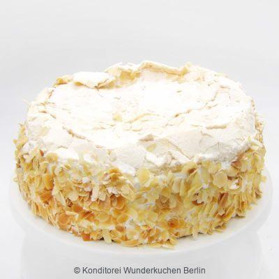 Wölkchen Erdbeer Rhabarber Torte. Online Shop und Lieferservice Kuchen Torten Berlin-