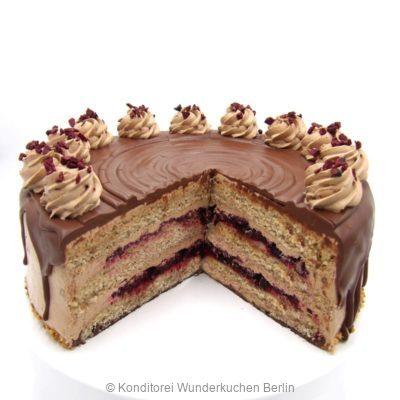 torte-nussnougat-cassis-vegan-. Online Shop und Lieferservice Kuchen Torten Berlin-